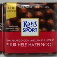 Hazelnut Dark Chocolate 100g