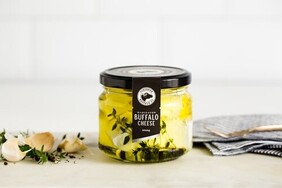 Buffalo Marinated Cheese 300g