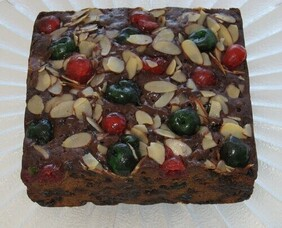 Classic Christmas Fruit Cake 450g